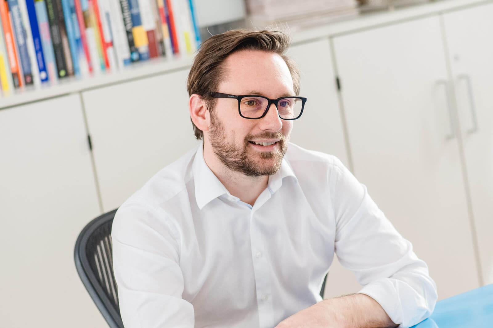 Christoph Hütter im Gespräch mit medianet