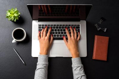 Wie Sie Ihre Kontakte mit einer E-Mail-Einladung von Ihrem Event überzeugen